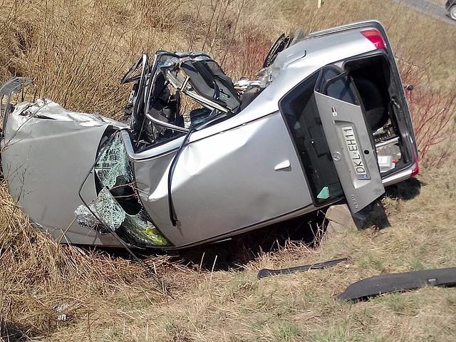 accident-734594_640