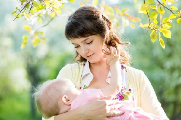 breastfeeding reduces risk for childhood leukemia